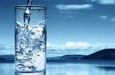 Очищення організму водою: переваги, ефективні методи