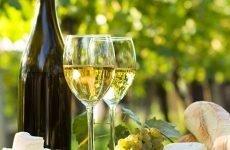 Вино для шлунка: чи можна пити, негативний вплив