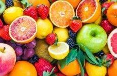 Ягоди і фрукти при гастриті: чи можна їсти, шкоду