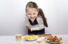 Що робити, якщо дитина отруїлася, його рве? Перша допомога в домашніх умовах