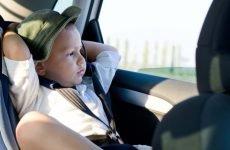 Що робити, якщо вашу дитину колише при їзді в машині? Є рішення!