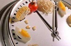 Час перетравлювання їжі в шлунку: м'ясо, овочі, фрукти