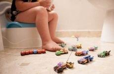 Запор у дитини в 2 роки: що робити, причини, як вилікувати у дитини