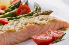 Чи можна їсти рибу при гастриті шлунка і як її приготувати?