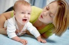 Блювання і пронос у немовляти: причини і лікування