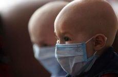 За якими ознаками можна визначити, що у дитини лейкоз і як лікують цю патологію