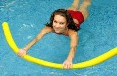Аквааеробіка: користь і протипоказання, ефективність вправ при грижі або остеохондрозі, відео