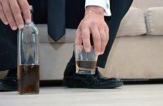 Побутове пияцтво – звичка чи хвороба, як з нею боротися?