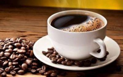 Що буде, якщо випити багато кави: передозування кофеїну, смертельна доза кави і перша допомога при отруєнні