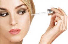 Ефірні масла для жирної шкіри обличчя: рецепти, види, відгуки, ціни
