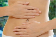 Де болить при холециститі: симптом Ортнера, Мерфі, Кера, Мюссі, синдроми, який лікар лікує