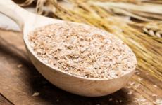 Як приймати висівки при запорах: пшеничні, житні, з кефіром, при вагітності, для дітей