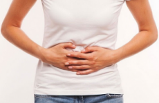 Які болі при гастриті шлунка: симптоми, ніж зняти