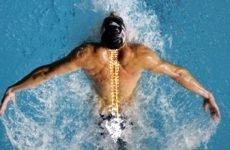 Лікувальне плавання при сколіозі 1, 2, 3, 4 ступеня: види і стилі для виправлення викривлення