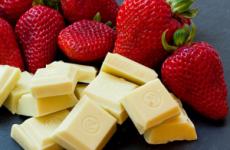 Можна чи ні їсти гіркий і білий шоколад при гастриті з підвищеною кислотністю
