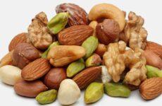 Можна їсти горіхи при виразці шлунка і які краще вибрати?