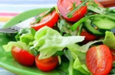 Можна їсти свіжі помідори і огірки при гастриті з підвищеною кислотністю