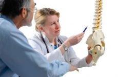 Парамедіанна грижа диска S1, L4, L5: задня, лівостороння, правостороння, лікування