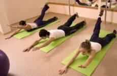 Вправи при кіфозі поперекового і грудного відділу хребта: ЛФК