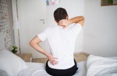 Причина болю в спині: що необхідно змінити в собі