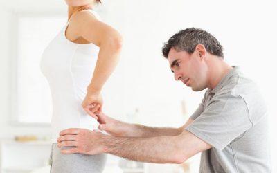 До якого лікаря звернутися, якщо болить спина або поперек