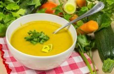 Можна їсти суп при виразці шлунка і як правильно його приготувати?