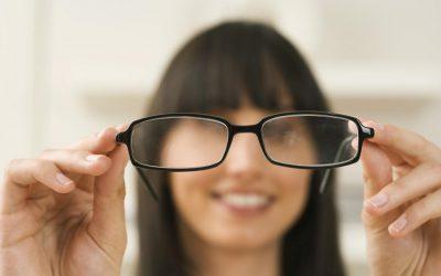 Вітаміни для очей: які потрібно приймати, щоб зберегти зір