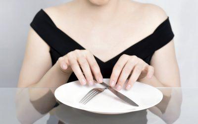 Головний біль при голодуванні: причини, наслідки, шкідливо це